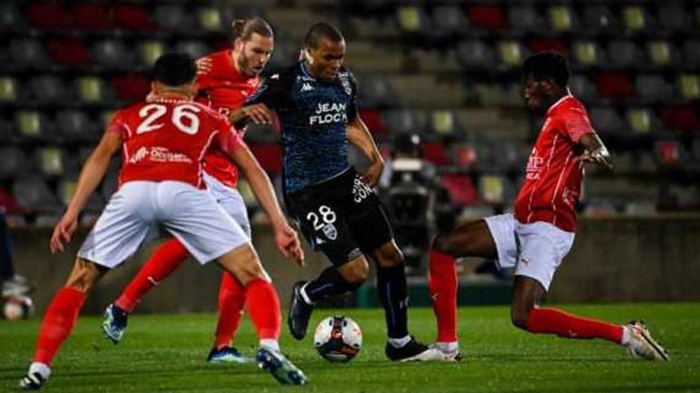 Γαλλία: Μάχεται για την παραμονή η Νιμ, 1-0 τη Λοριάν