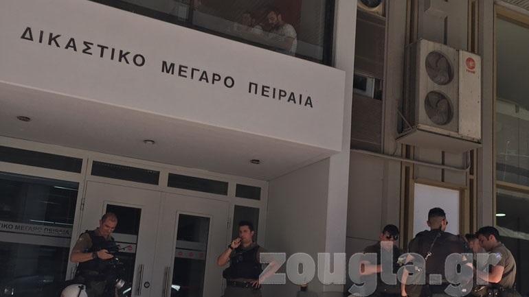 Κορωνοϊός: Πέθανε δικαστικός υπάλληλος - Άλλα επτά κρούσματα στο Δικαστικό Μέγαρο Πειραιά