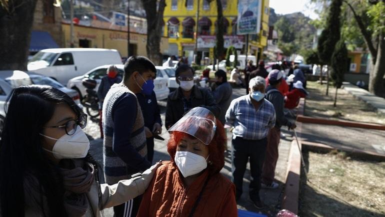 Covid-19: Ξεπέρασαν τους 188.000 οι νεκροί στο Μεξικό