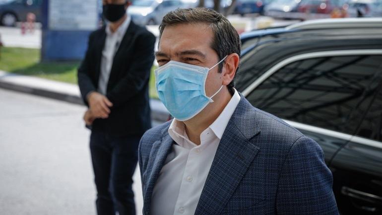 Τσίπρας: Καλώ τον κ. Μητσοτάκη να βρει ουσιαστικές λύσεις για την αντιμετώπιση της πανδημίας
