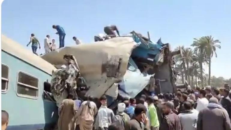 Τραγωδία στην Αίγυπτο: Σύγκρουση τρένων με 32 νεκρούς