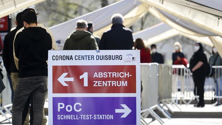 Κορωνοϊός: 306 θάνατοι το τελευταίο 24ωρο στη Γερμανία