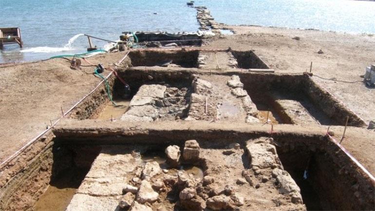 Σαλαμίνα: Σημαντική ανακάλυψη -Βρήκαν τμήμα επιθαλάσσιου τείχους της  Κλασικής εποχής