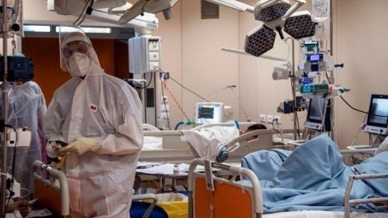 Ιδιώτης γιατρός σε επιστράτευση νοσεί βαριά με κορωνοϊό - Είχε κάνει μια δόση εμβολίου