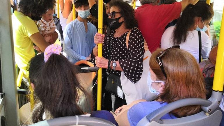 Πατείς με, πατώ σε στα λεωφορεία των νοτίων προαστίων
