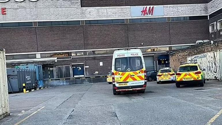 Λονδίνο: Επίθεση με μαχαίρι σε εμπορικό κέντρο