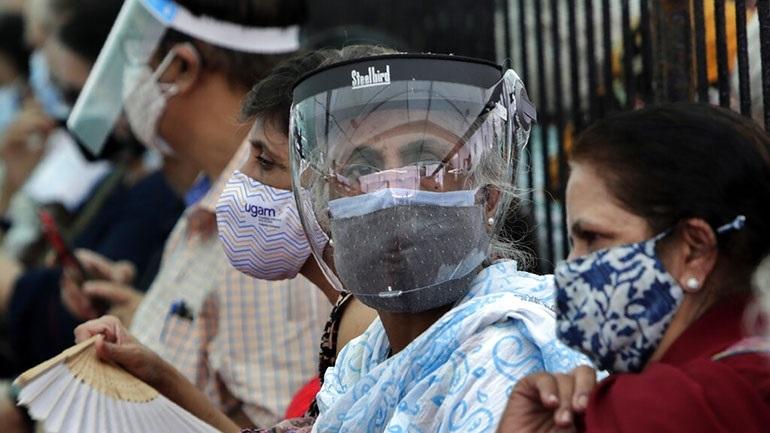 Ινδία: Αύξηση ρεκόρ στους ημερήσιους θανάτους από κορωνοϊό