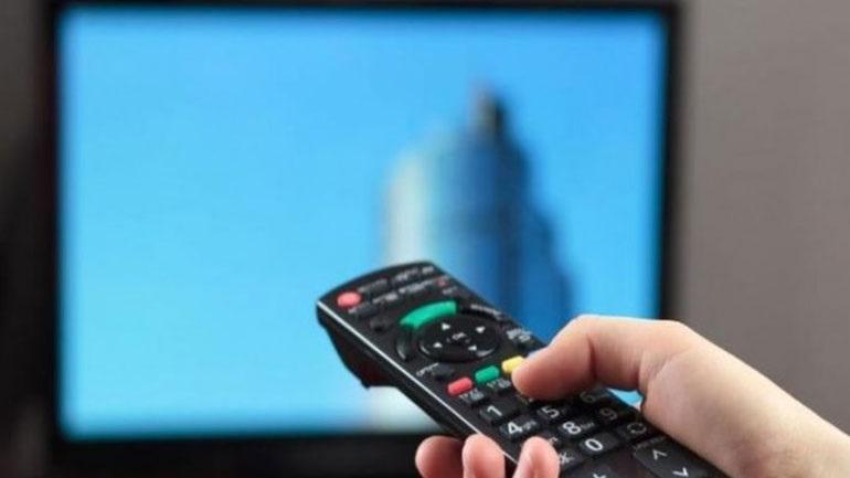 Η συχνή παρακολούθηση τηλεόρασης στη μέση ηλικία συνδέεται με χειρότερη υγεία του νου και του εγκεφάλου