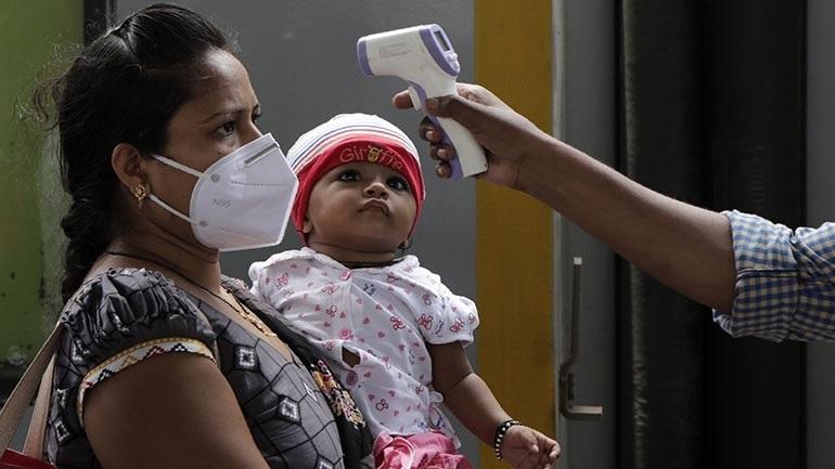Ινδία: Σχεδόν 92.000 κρούσματα κορωνοϊού το τελευταίο 24ωρο
