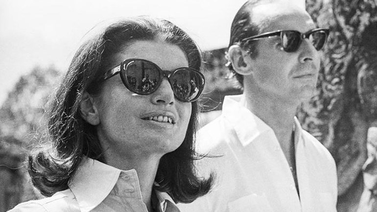 Η κρυφή ερωτική σχέση της Jackie Kennedy με έναν Βρετανό διπλωμάτη μεταφέρεται στη μεγάλη οθόνη