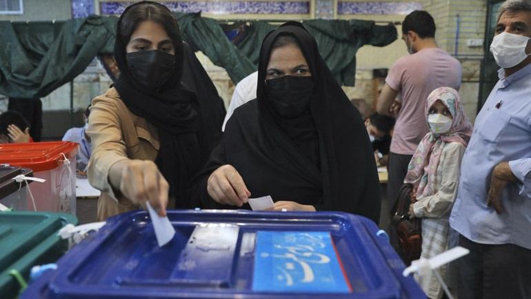 Ιράν-προεδρικές εκλογές: Παρατάθηκε για δύο ώρες η ψηφοφορία σε ορισμένα εκλογικά τμήματα