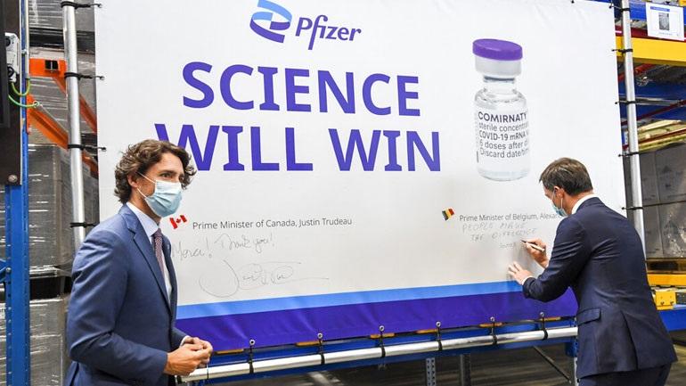 Έρευνα: Το εμβόλιο της Pfizer προκαλεί ισχυρότερη ανοσολογική απόκριση από της Sinovac