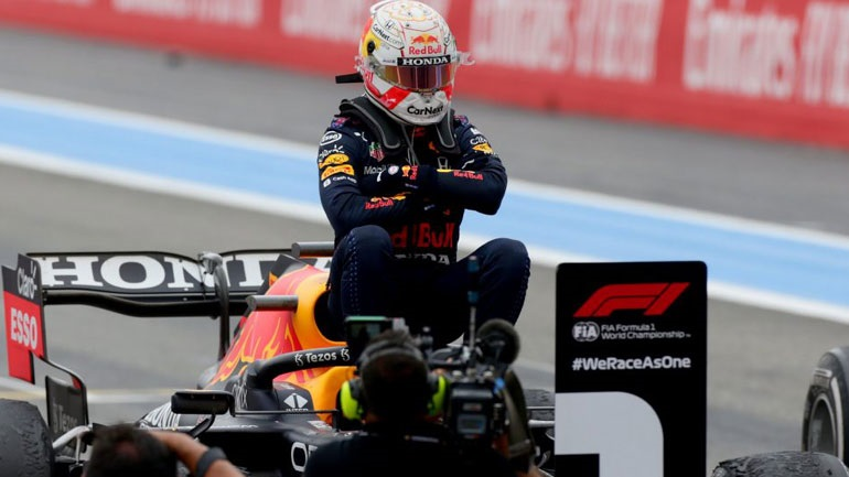 Άξιος ο Verstappen- Κέρδισε το Grand Prix του Paul Ricard ενάμιση γύρο πριν την καρό σημαία