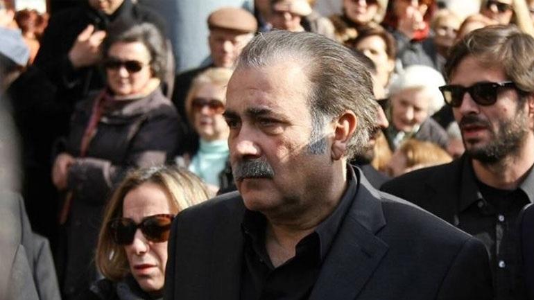 Στο νοσοκομείο ο Λάκης Λαζόπουλος - Αναβάλλονται οι παραστάσεις του καλοκαιριού