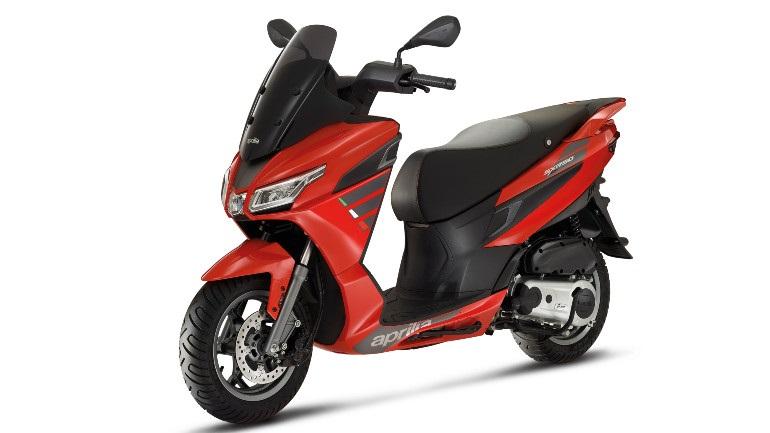 Το 50άρι scooter της Aprilia που συνδέεται με smartphone