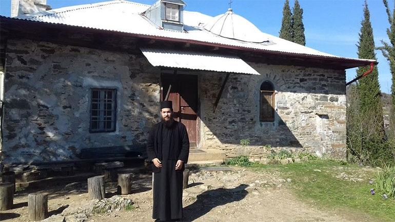 Βίος και πολιτεία ο δράστης της επίθεσης στη Μονή Πετράκη