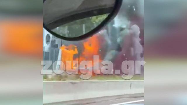 Φωτιά σε φορτηγό όχημα επί της Αθηνών Λαμίας