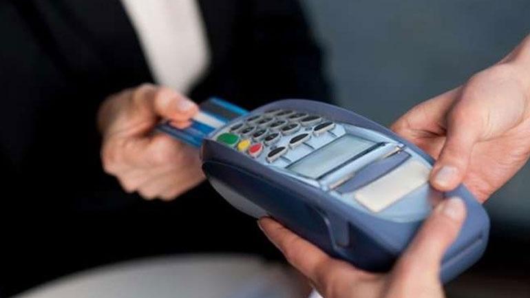 Διατηρείται το όριο ανέπαφων συναλλαγών χωρίς ΡΙΝ στα 50 ευρώ