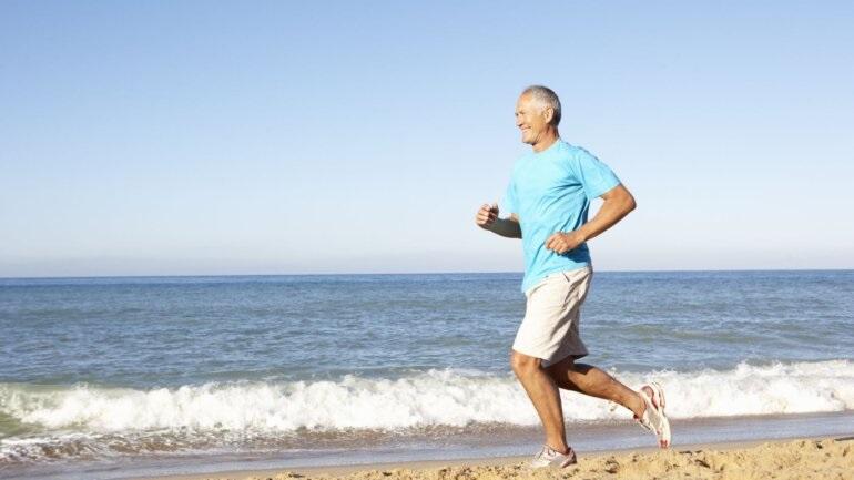 Πώς μπορείς να στηρίζεις σώμα και πνεύμα μετά τα 50;