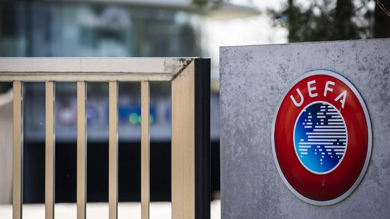 Ζεχόφερ: «Ανεύθυνη η στάση της UEFA»