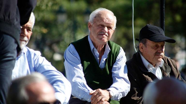Τον Αύγουστο οι αυξήσεις και τα αναδρομικά σε παλαιούς συνταξιούχους