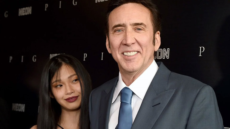 Nicolas Cage: Η πρώτη δημόσια εμφάνιση στο κόκκινο χαλί με την κατά 31 χρόνια νεότερη σύζυγό του