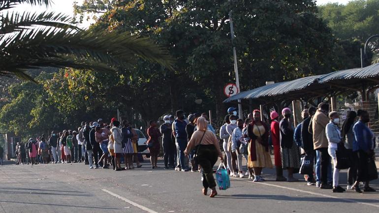 Νότια Αφρική: Σταθεροποιείται η κατάσταση μετά το διάγγελμα του προέδρου Σιρίλ Ραμαφόσα