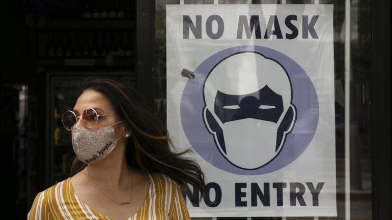 ΗΠΑ: Ο σερίφης του Λος Άντζελες δεν θα επιβάλλει τη χρήση μάσκας