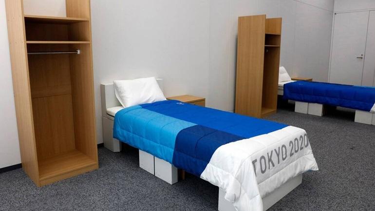 Κρεβάτια από… χαρτόνι στο Ολυμπιακό Χωριό