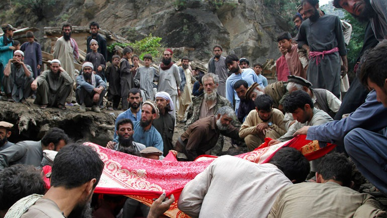 Μαίνονται οι μάχες σε μεγάλες πόλεις του Αφγανιστάν
