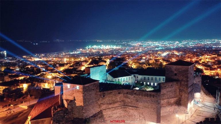Ο Στέφανος Ματσουκαλίδης μας ταξιδεύει στο Φεστιβάλ Επταπυργίου 2021 από ψηλά