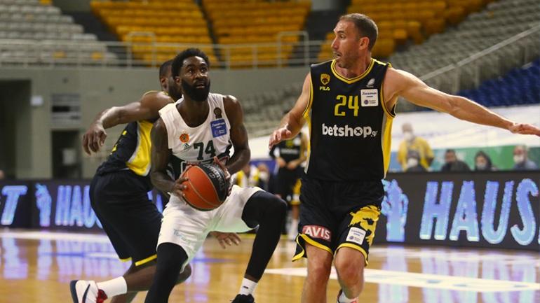 Mπάσκετ: Ανανέωσε για δύο χρόνια με τον Παναθηναϊκό ο Σαντ-Ρος