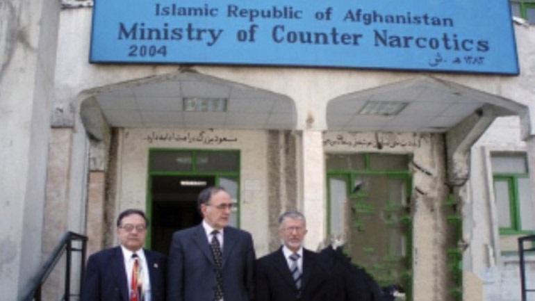 Γεώργιος Σούρλας: Τα ναρκωτικά του Αφγανιστάν είναι η μεγαλύτερη απειλή των Ταλιμπάν