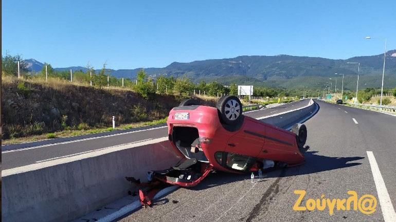 Τροχαίο ατύχημα κοντά στην Πελλάνα με έναν σοβαρά τραυματία