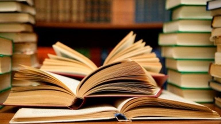 ΟΑΕΔ: Μέχρι την Κυριακή 5/9 οι αιτήσεις για τις επιταγές αγοράς βιβλίων