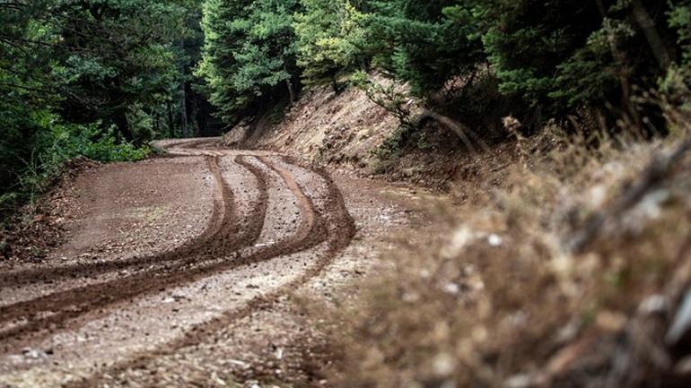«Οργώνουν» τα βουνά οι εργοστασιακοί-Συνεχίζονται οι δοκιμές στις ειδικές διαδρομές