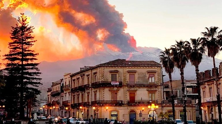 Το ηφαίστειο της Αίτνας ξύπνησε και πάλι
