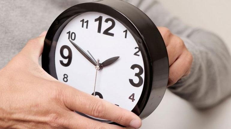 Την Κυριακή 31 Οκτωβρίου αλλάζει η ώρα