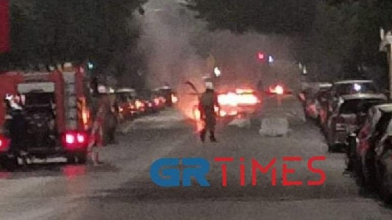 Θεσσαλονίκη: Επίθεση με μολότοφ σε διμοιρία των ΜΑΤ έξω από το τουρκικό προξενείο
