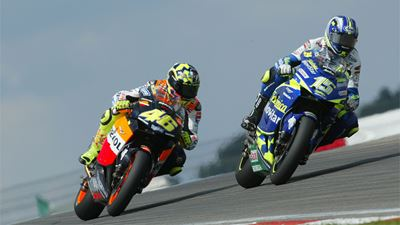 MotoGP Throwback: Rossi vs Gibernau, Brno 2003