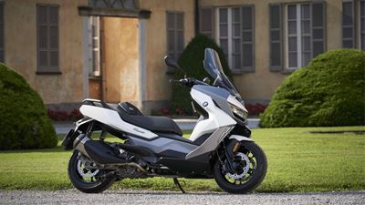 BMW C 400 GT: Όταν τα scooter τα κάνουν όλα..