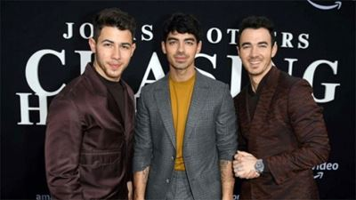 Jonas Brothers και Ράιαν Ρέινολντς στέλνουν μηνύματα σε παιδιά μέσω του Make-a-Wish