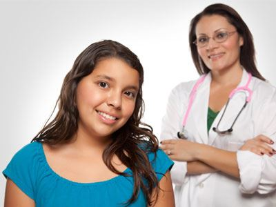Τι πρέπει να περιμένουν οι έφηβες από την πρώτη τους επίσκεψη στον γυναικολόγο