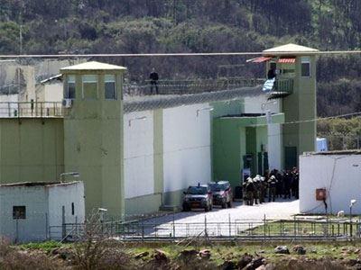 Συναγερμός στις φυλακές Μαλανδρίνου από χύτρα με καλώδια και κινητά