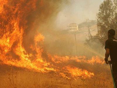 Κρήτη: Πυρκαγιά στην Καλλιθέα