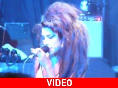 Αδημοσίευτο βίντεο της Amy Winehouse σε κλαμπ του Τορόντο