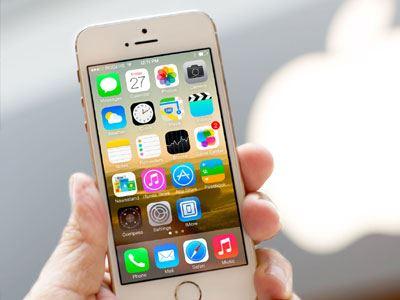 Επτά τ�όποι για να καταναλώνεις λιγότε�η μπατα�ία στο iPhone