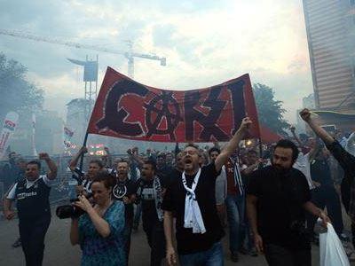Φίλαθλοι της Μπεσίκτας κατηγορούνται για πραξικόπημα