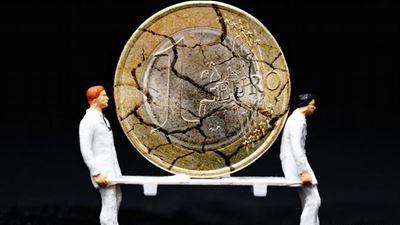 DW: Κίνδυνος αναζωπύρωσης της ευρωκρίσης