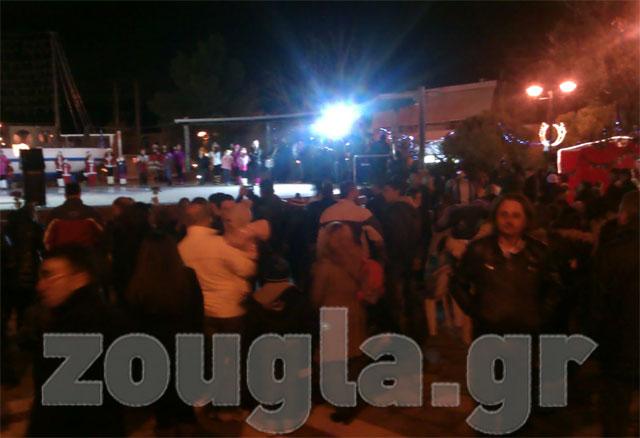 Εορταστικές εκδηλώσεις στην κεντρική πλατεία των Άνω Λιοσίων